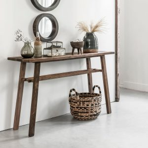 amandari konzolový stolík campo, konzola, úzky stolík do predsiene, stolík do predsiene, obdĺžnikový drevený stolík, teaková konzola, nábytok do predsiene, odkladací stolík, masívny drevený stolík, polička do predsiene, stolík s masívnou drevenou doskou, udržateľný nábytok, ekologický nábytok, ekofriendly, ecofriendly, slowfurniture, stôl z recyklovaného teaku, nábytok s príbehom, moderný teakový stolík, vidiecky štýl