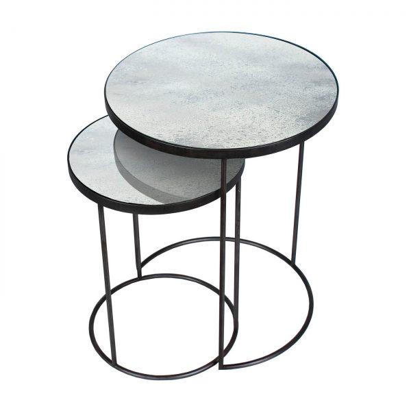 amandari príručné stolíky clear nesting, stolík ethnicraft, set okrúhlych príručných konferenčných stolíkov so zrkadlovým vzhľadom, staré zrkadlá, stolíky s patinovaným zrkadlovým efektom, konferečné stolíky, príručný stolík s kovovou podnožou, stolík sklenený svetlý, nadčasový stolík, set stolíkov so zasúvaním, set dvoch veľkostí stolíkov
