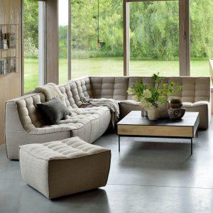 sedačka, komfortná sedačka, chesterfield sofa, moderná sedačka, nadčasová sedačka, dizajnová sedačka, prešívaná sedačka, modulárna sedačka, rohová sedačka, taburet, béžová sedačka, piesková sedačka, dvojsedačka