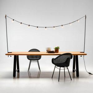 amandari svietidlo light my table outdoor vincent sheppard, svietidlo nad stôl, exteriérová svetelná reťaz, dizajnová svetelná reťaz, dizajnové svietidlá, svetelná reťaz outdoor, svetelná reťaz nad stôl indoor, dizajnové svietidlá na reťazi